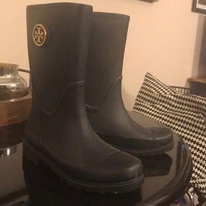 Tory Burch short dark blue rain boots